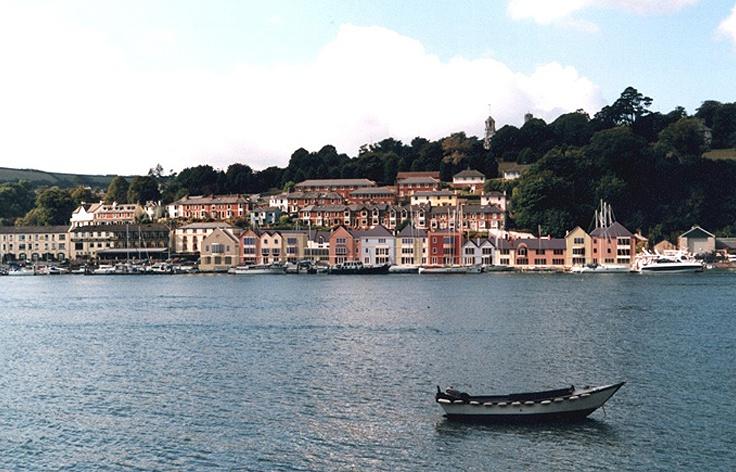 Dart Marina Hotel And Spa